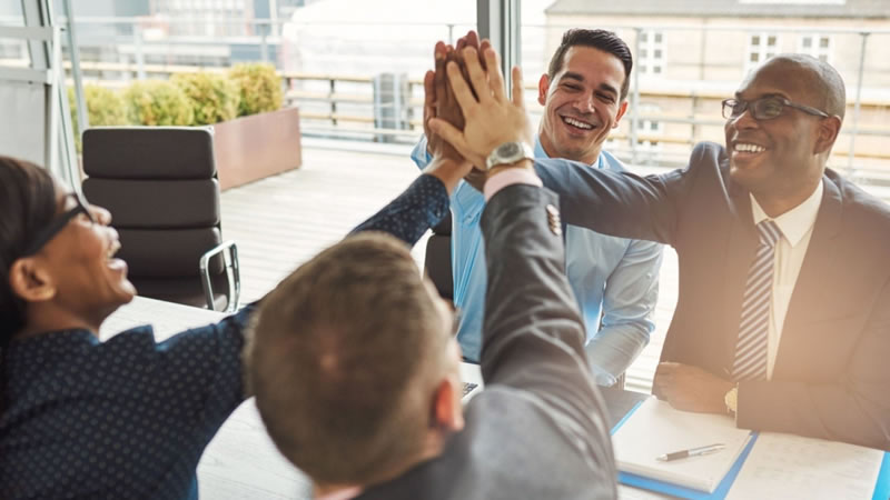 You are currently viewing Motivating Employees In A Team Environment